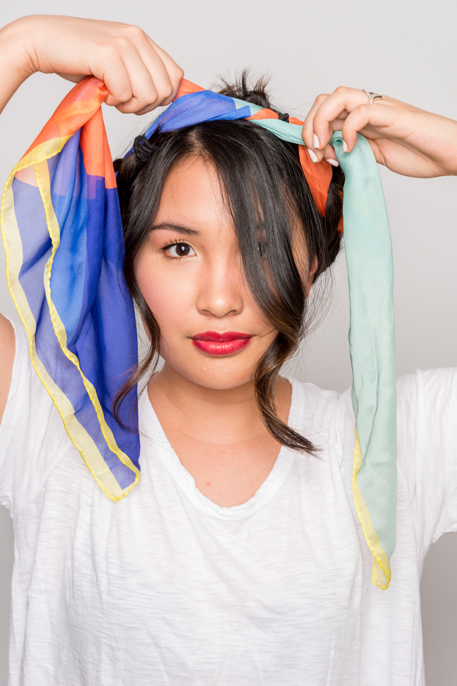How To Use A Scarf For Stylish Summer Hair スカーフを使った簡単ヘアアレンジ 11