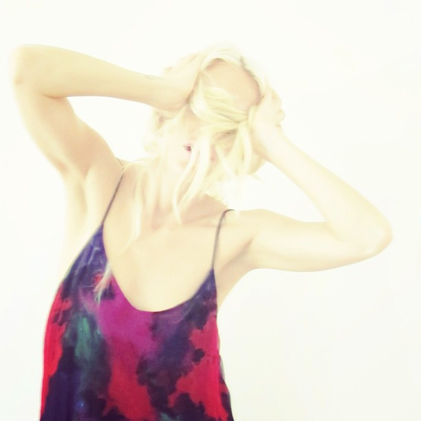 It's the weekend. Let's get weird. Pictured: @reformation dress, $95 www.closetrich.com
