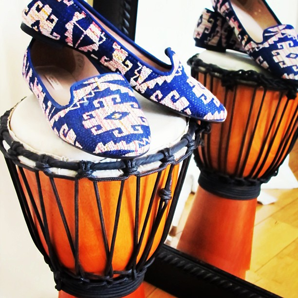 These #zara flats got that beat. 🎶🎶 $35 and free shipping  www.closetrich.com