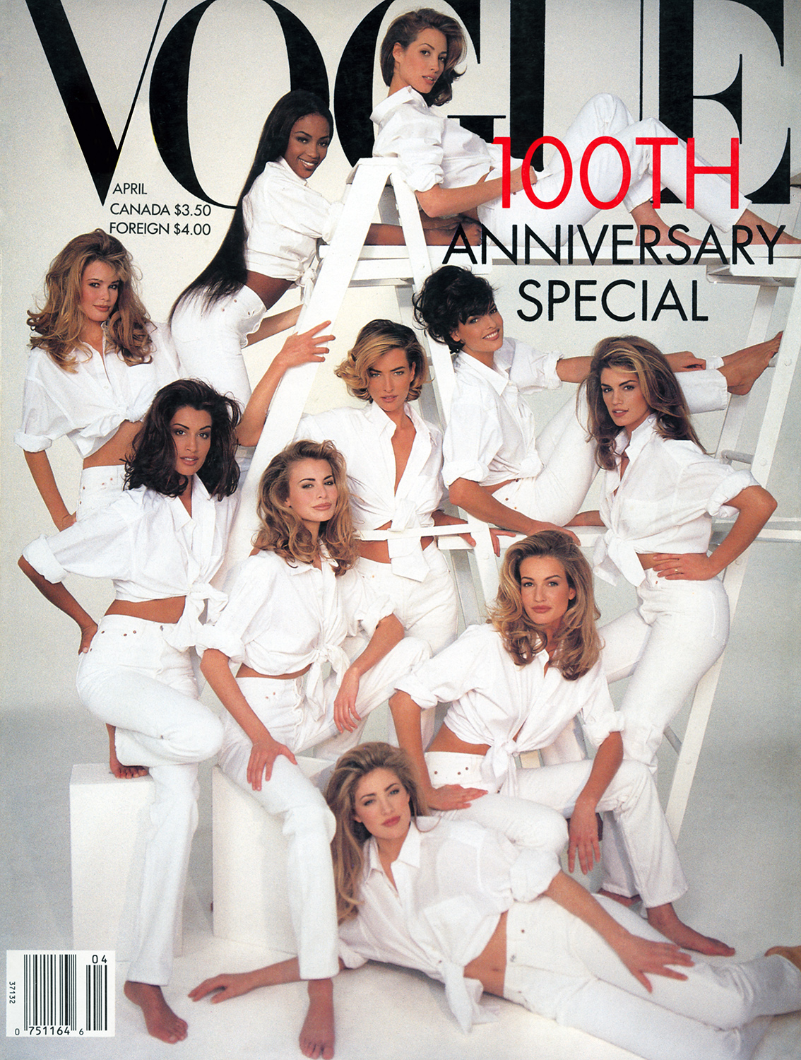 80s-90s-supermodels :       Vogue US, April 1992    Photographer : Patrick Demarchelier   Models : Christy Turlington, Naomi Campbell, Claudia Schiffer, Yasmeen Ghauri, Tatjana Patitz, Linda Evangelitsa, Niki Taylor, Cindy Crawford, Karen Mulder & Elaine Irwin