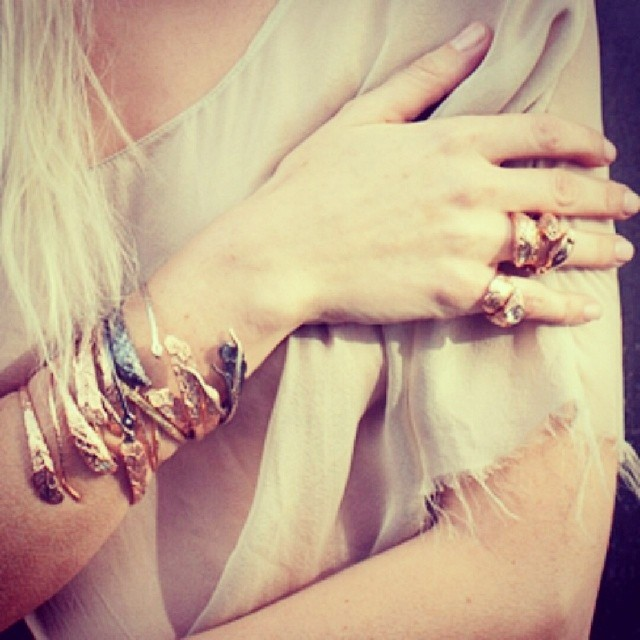 Arm party toyme. Love this shot from @roseark shoot we worked on w/ @thekathyrose @kristinreiter @kiarabailey. #Regram @thekathyrose