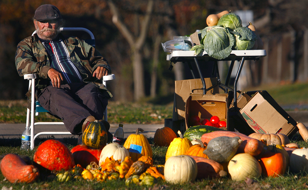 A glorious Fall day made the fresh Beardstown produce being sold by Springfield's Mike Bryant glow in the afternoon light Monday November 8, 2010. David Spencer/The State Journal-Register