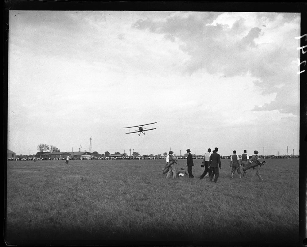 Aerial golf game, Southwest Airport on South Chatham Road, Oct. 5, 1931. File/The State Journal-Register.