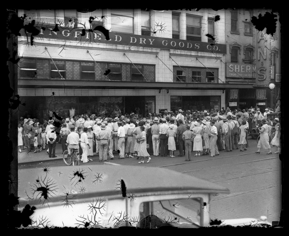 Crowd in front of Springfield Dry Goods store. circa 1931. File/The State Journal-Register