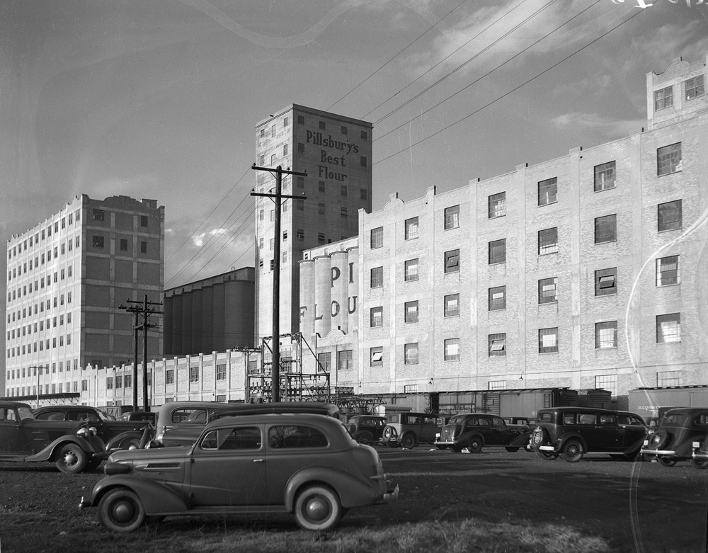 In October 1937, Pillsbury expanded its mill operation on Springfield's northeast side, doubling the manufacturing capacity.  File photos/The State Journal-Register