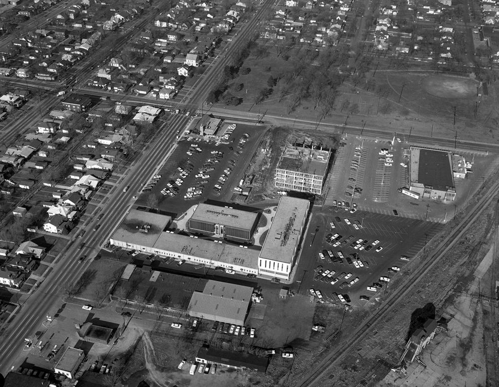 Aerial, intersection of Sixth and Ash streets, Iles Park, Iles Park Place development under construction. Dec. 22, 1966. File/The State Journal-Register