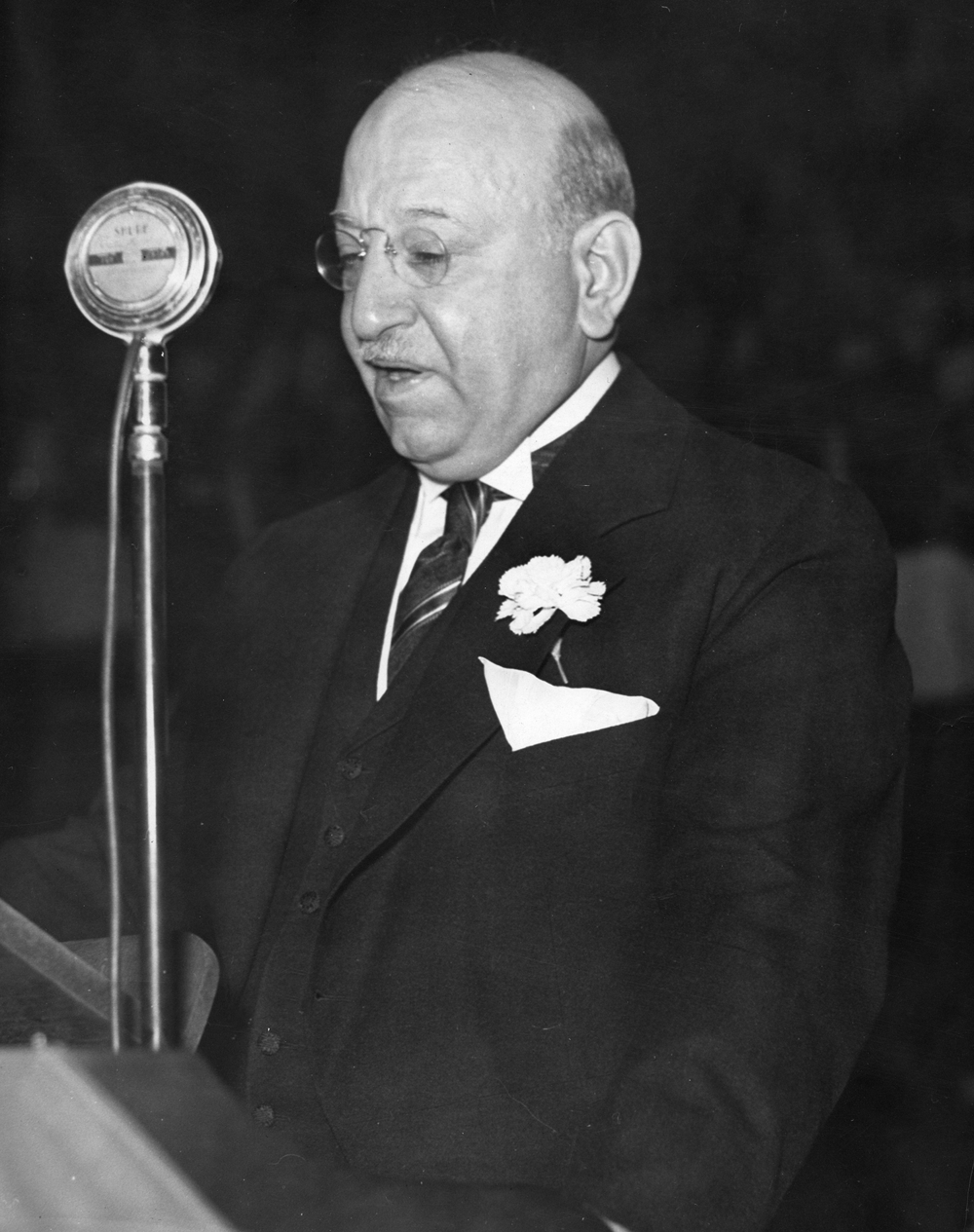 Gov. Henry Horner delivers his inaugural address at the Illinois State Arsenal Jan. 9, 1933. File/The State Journal-Register