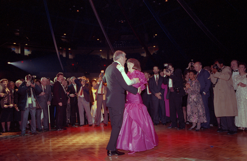 Gov. Jim Edgar and his wife Brenda dance at inaugural ball at the Prairie Capital Convention Center Monday, Jan. 10, 1991. File/The State Journal-Register