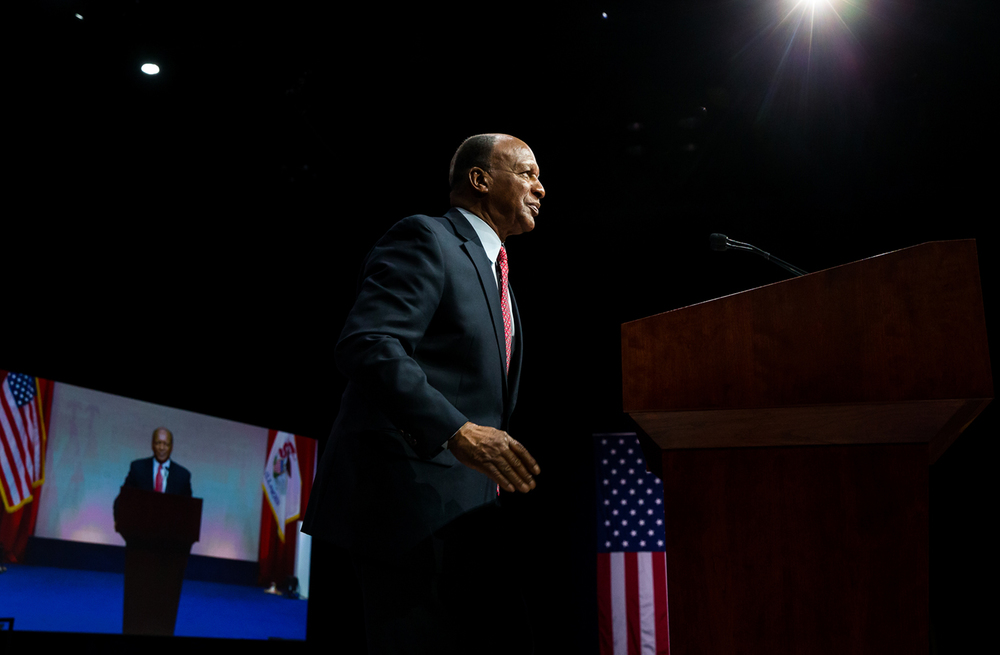 Illinois Secretary of State Jesse White delivers his address after taking the oath of office during the Illinois Inaugural Ceremony at the Prairie Capital Convention Center, Monday, Jan. 12, 2015, in Springfield, Ill. Justin L. Fowler/The State Journal-Register