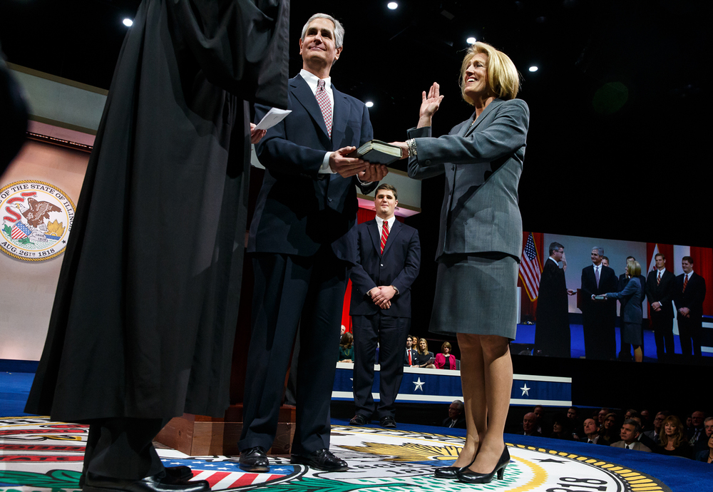 Illinois Comptroller-Designate Leslie Munger takes the oath of office as Illinois Comptroller during the Illinois Inaugural Ceremony at the Prairie Capital Convention Center, Monday, Jan. 12, 2015, in Springfield, Ill. Justin L. Fowler/The State Journal-Register