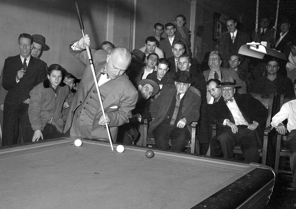 Billiards champion Willie Hoppe demonstration at Alvey's billiard parlor, Jan. 25, 1949. File/The State Journal-Register