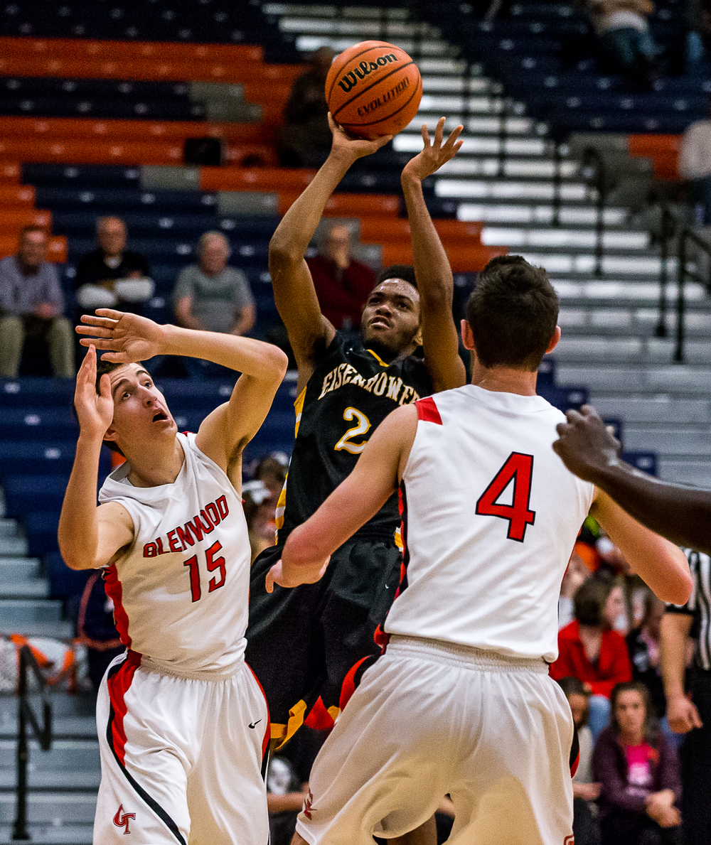 Decatur Eisenhower's Caleb Taylor (2) shoots a jumper against Glenwood's Joel Alexander (15) in the first half during the CS8 Boys Basketball Tournament at the Rochester Athletic Complex, Monday, Jan. 19, 2015, in Springfield, Ill. Justin L. Fowler/The State Journal-Register