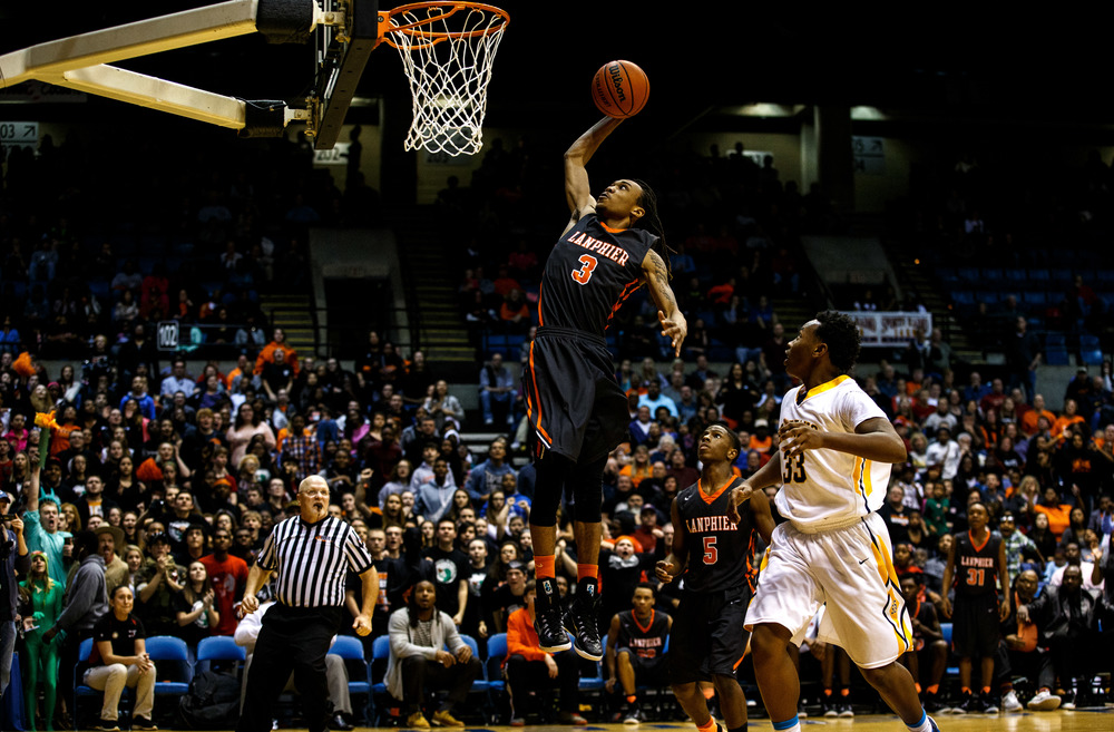 Lanphier's Aarin Thames (3) goes up for a dunk on a fast break against Southeast late in the second half during game two of the 2015 Boys City Tournament at the Prairie Capital Convention Center, Saturday, Jan. 24, 2015, in Springfield, Ill. Justin L. Fowler/The State Journal-Register