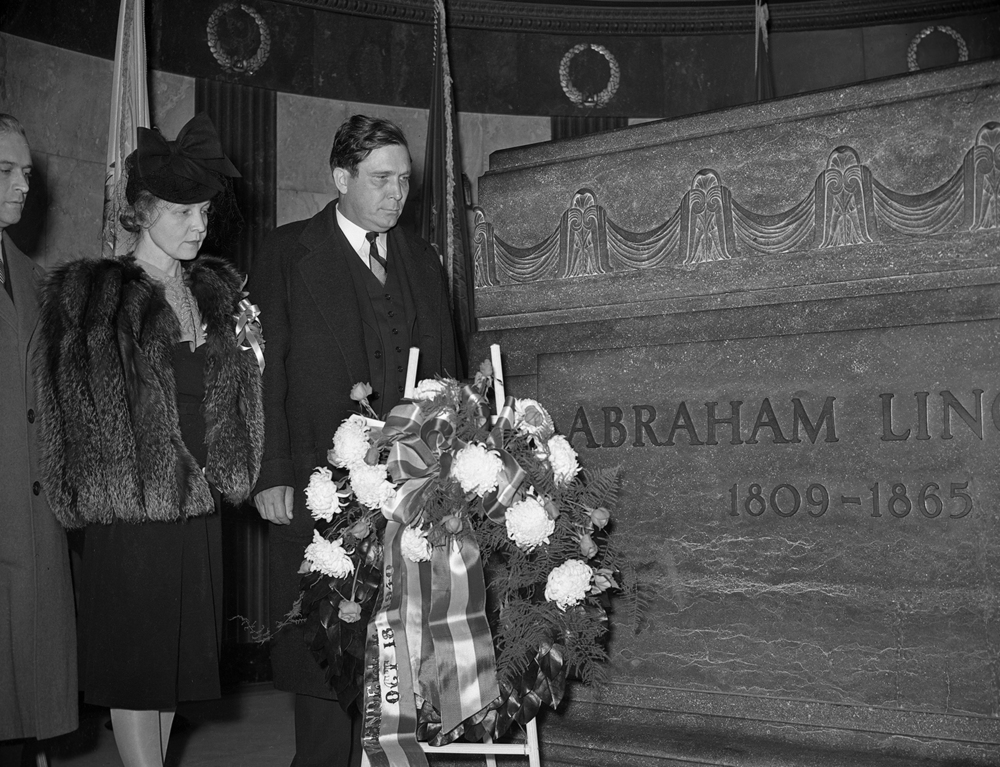 Wendell Wilke, the Republican Party nominee for president, and his wife, Oct. 18, 1940. The State Journal-Register