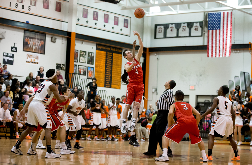 Glenwood's Sam Anderson (4) wins the opening tip against Lanphier's Aarin Thames (3) in the first half at the Lober-Nika Gymnasium, Friday, Feb. 6, 2015, in Springfield , Ill. Justin L. Fowler/The State Journal-Register