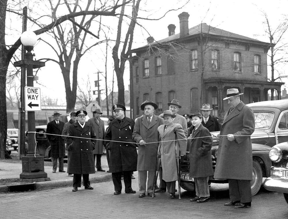Ribbon cutting, Fourth Street becomes one-way,  Feb. 22, 1949. File/The State Journal-Register