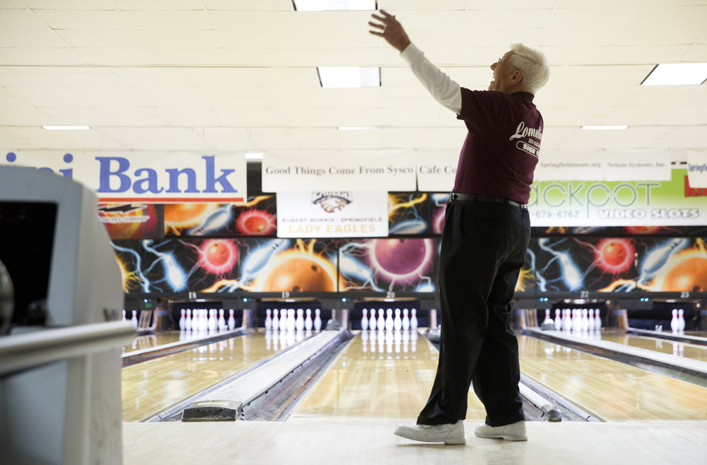 John Mayes reacts after throwing a gutter ball at King Pin Lanes Tuesday, March 11, 2015. Rich Saal/The State Journal-Register