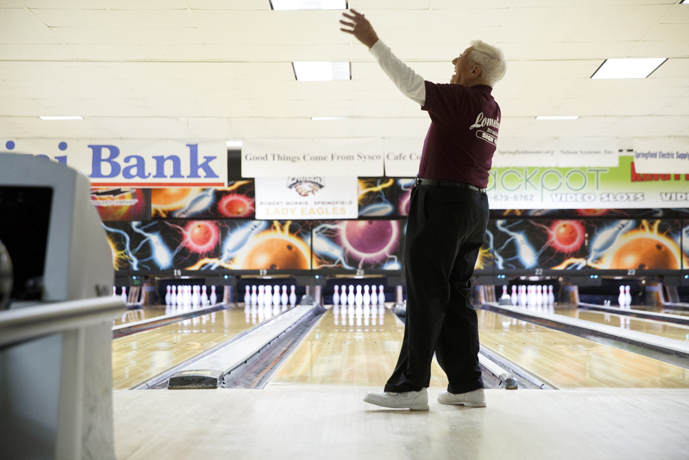 John Mayes, 94, reacts after throwing a gutter ball at King Pin Lanes Tuesday, March 11, 2015. Rich Saal/The State Journal-Register