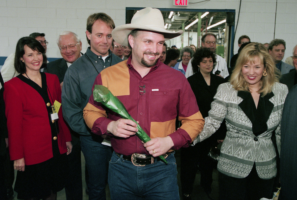 Garth Brooks and his wife Sandy tour of the EMI Manufacturing plant in Jacksonville in March 1995. File/The State Journal-Register