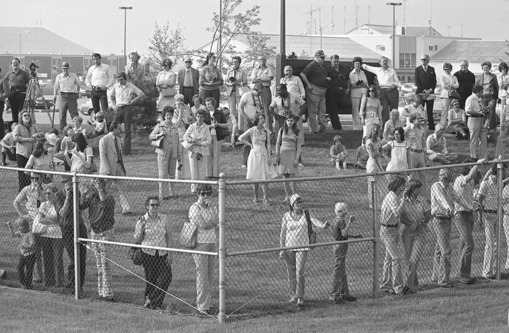 People gathered at Capital Airport to see President Jimmy Carter arrive on Air Force One May 26, 1978. File/The State Journal-Register