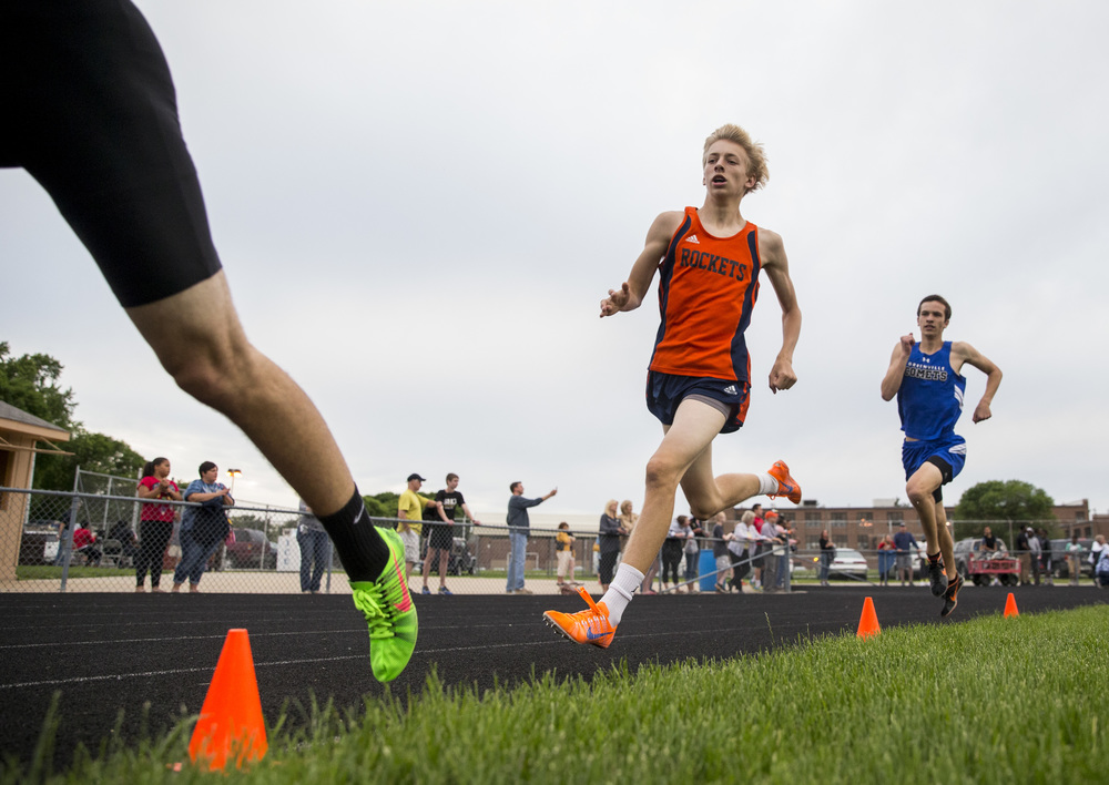 Rochester's Josh Cable competes in the Boys 800m Run during the Class 2A Springfield Sectional Track and Field Meet at Memorial Stadium, Friday, May 22, 2015, in Springfield, Ill. Cable finished second with a time of 1:56.52. Justin L. Fowler/The State Journal-Register