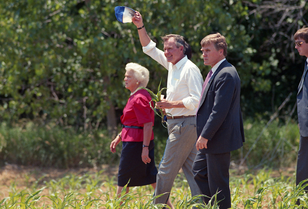 Vice President George H.W. Bush and his wife Barbara walk from a press conference in a corn field near Sherman June 18, 1988. File/The State Journal-Register