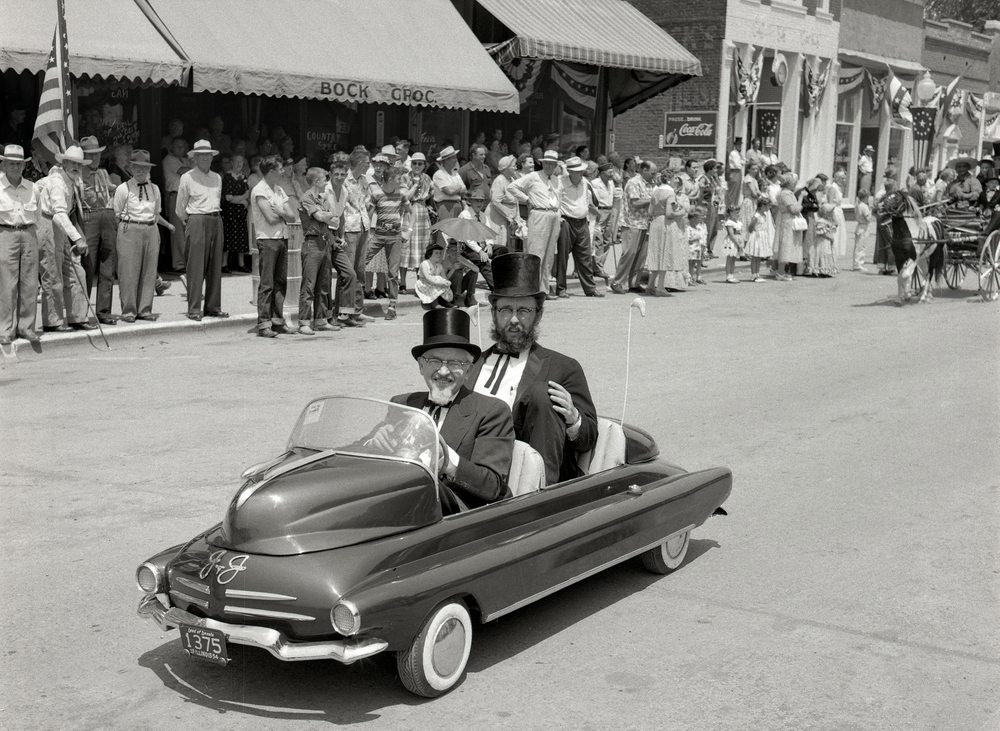 Girard Centennial Pioneer Days parade June 17, 1955. File/The State Journal-Register