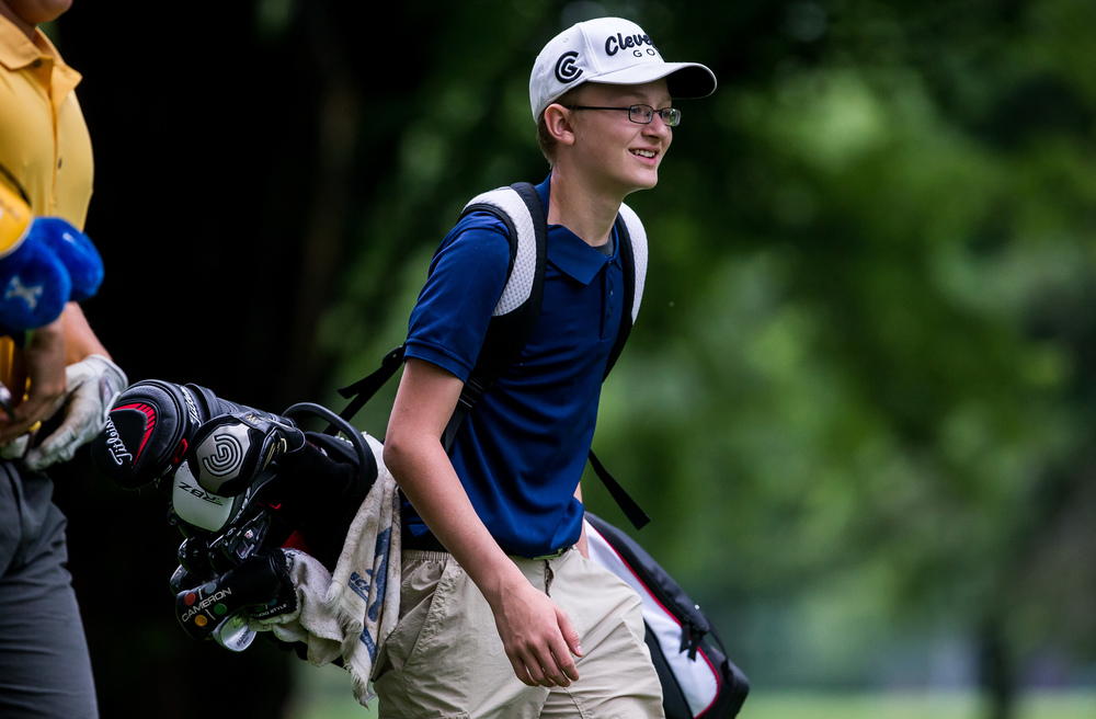 Austen Floyd makes his way up to the No. 3 green during the Drysdale Junior Golf Tournament at Pasfield Golf Course, Thursday, July 9, 2015, in Springfield, Ill. Justin L. Fowler/The State Journal-Register