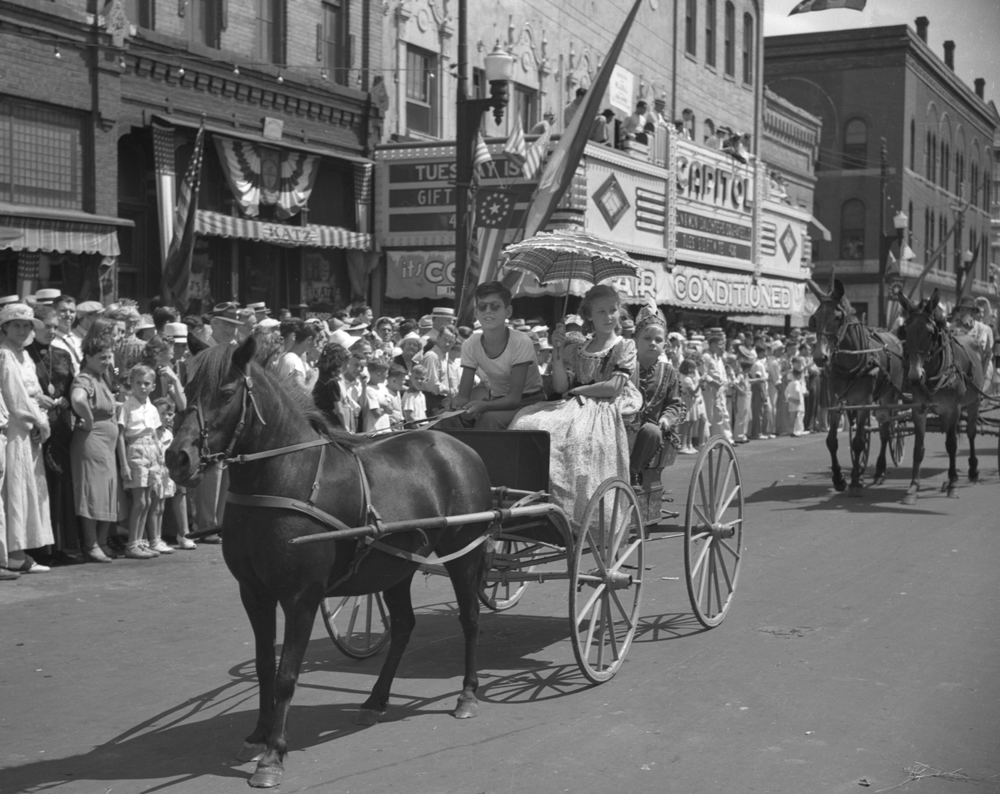 Taylorville centennial celebration parade July 25, 1939. File/The State Journal-Register