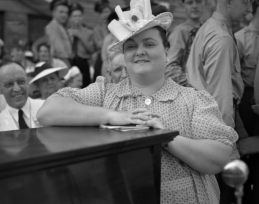Gina Vandeveer, a Taylorville native and professional opera singer, entertained for crowds at the centennial celebration, July 25, 1939. File/The State Journal-Register