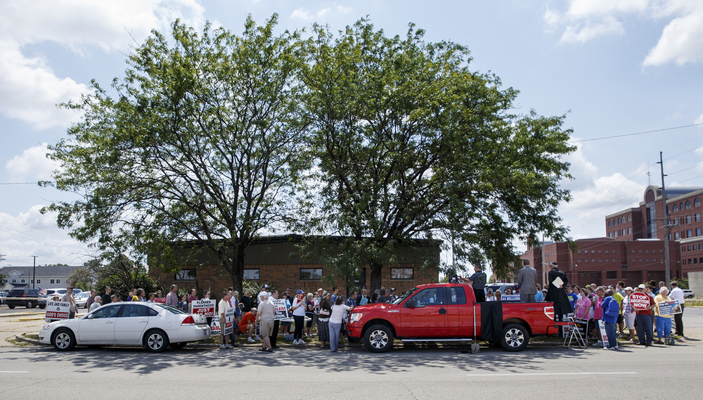 About 90 people gathered for a pro-life rally in front of Planned Parenthood's Springfield health center Thursday, Aug. 6, 2015. Ted Schurter/The State Journal-Register