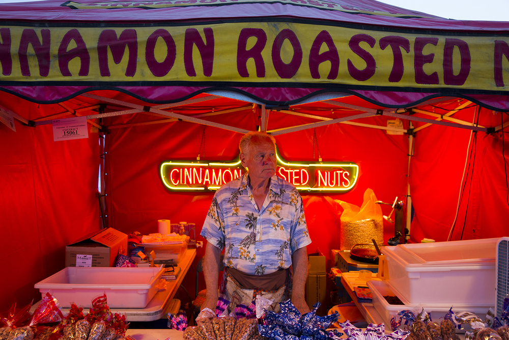 Mervin Dunne sells cinnamon roasted nuts at the Illinois State Fair Monday, August 17, 2015. Rich Saal/The State Journal-Register