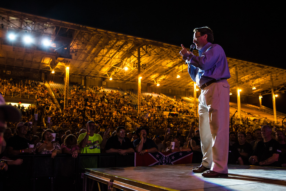 Illinois State Fair manager Patrick Buchen gets the crowd going prior to Hank Williams Jr. taking the stage for his Grandstand concert at the Illinois State Fair, Friday, Aug. 21, 2015, in Springfield, Ill. Justin L. Fowler/The State Journal-Register