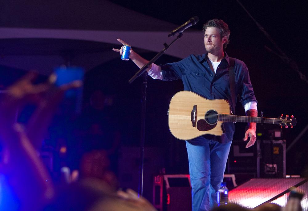 2010:Blake Shelton.