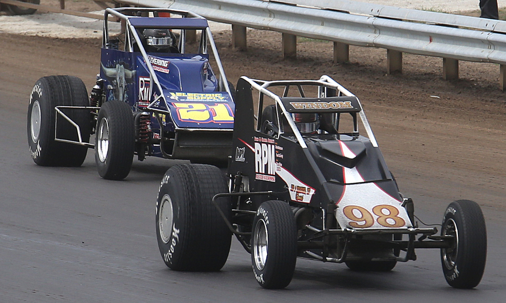 Driving car #98, Chris Windom of Canton, IL briefly lead later in the race before being overtaken by Kody Swanson. David Spencer/The State Journal-Register