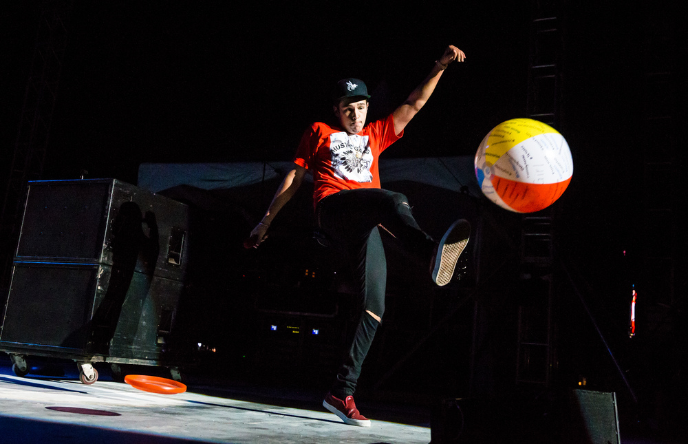 Austin Mahone sends a beach ball back towards the fans as he performs on the Grandstand stage at the Illinois State Fair, Saturday, Aug. 22, 2015, in Springfield, Ill. Justin L. Fowler/The State Journal-Register