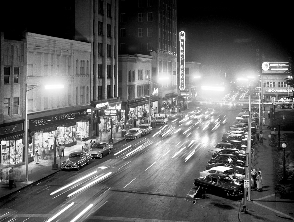Cars cruising Fifth Street at night, Old Capitol Square, downtown, August 30, 1957  file/The State Journal-Register