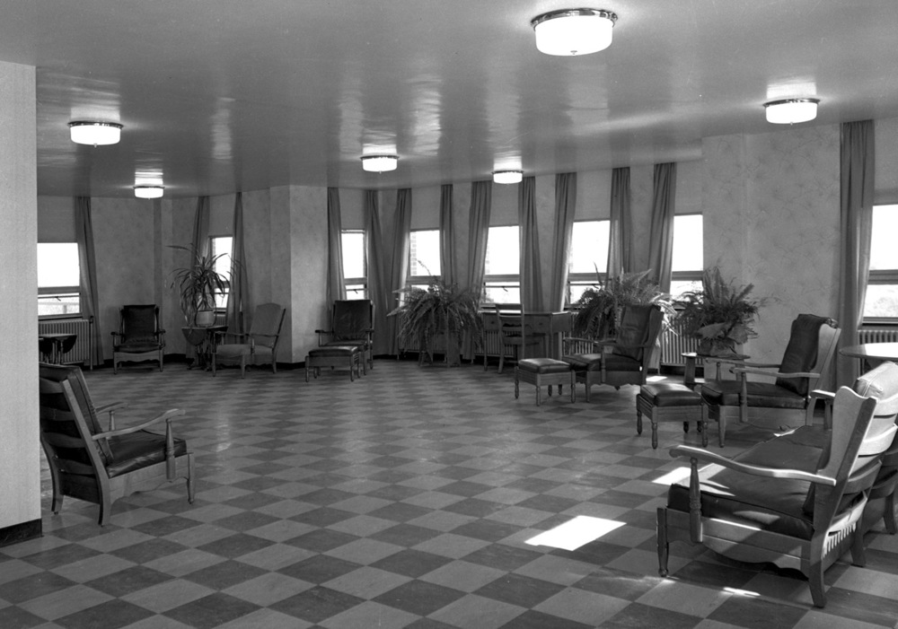 The solarium was furnished by the women's auxiliary, which raised money from concerts; one featuring popular actor and entertainer Nelson Eddy and the other by operatic soprano and actress Lilly Pons. On either side of the solarium were sun decks; one for men and one for women. File/The State Journal-Register