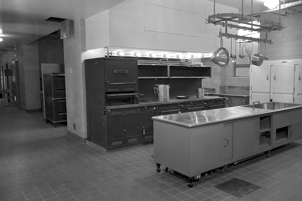 One of the large scale kitchens in the hospital. File/The State Journal-Register