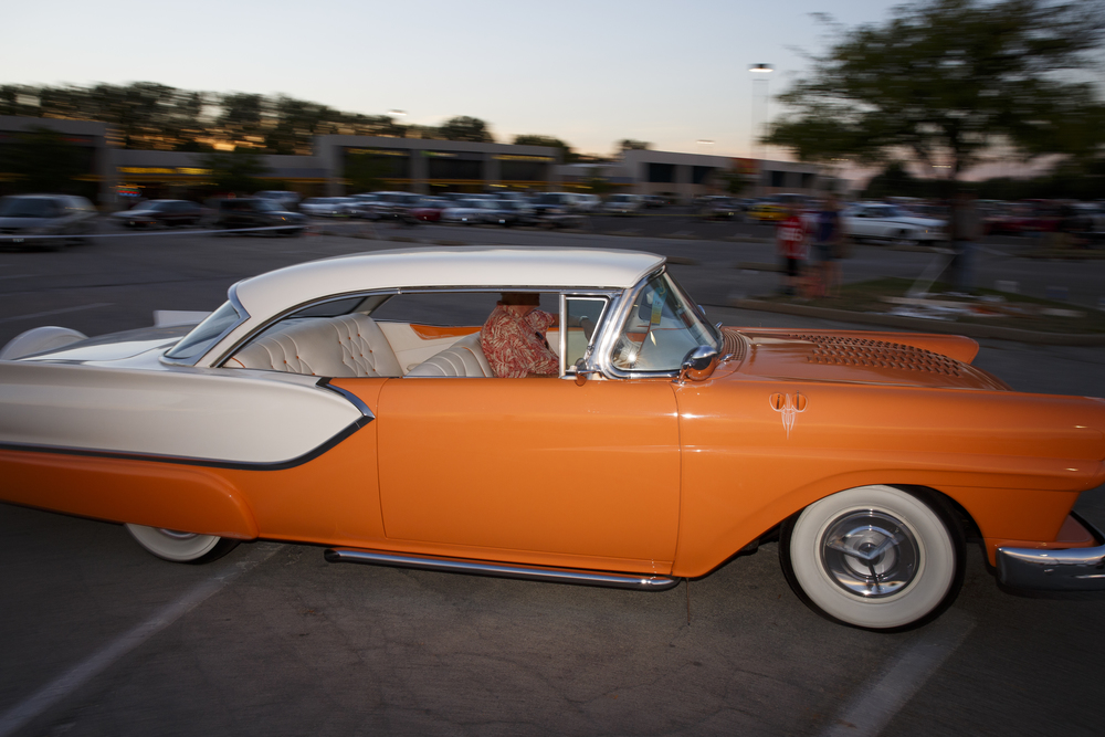 The Route 66 Mother Road Festival cruise gets underway Friday, Sept. 25, 2015 from the Capital City Shopping Center parking lot. Rich Saal/The State Journal-Register