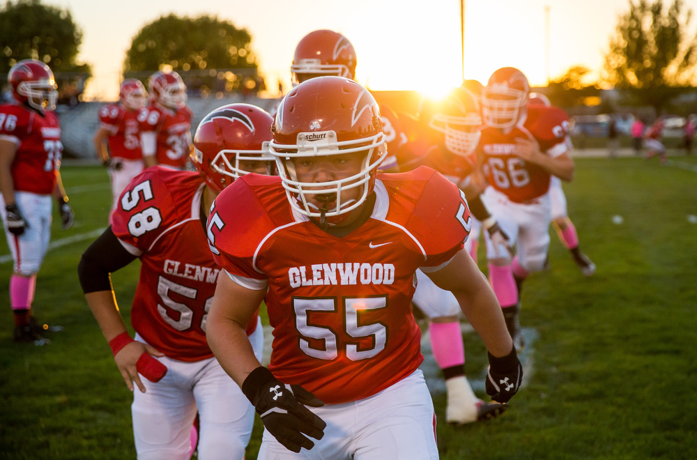 Glenwood's Josh Harris (55) gets warmed up with his teammates as they prepare to take on Sacred Heart-Griffin in the fist half at Glenwood High School, Friday, Oct. 2, 2015, in Chatham, Ill. Justin L. Fowler/The State Journal-Register