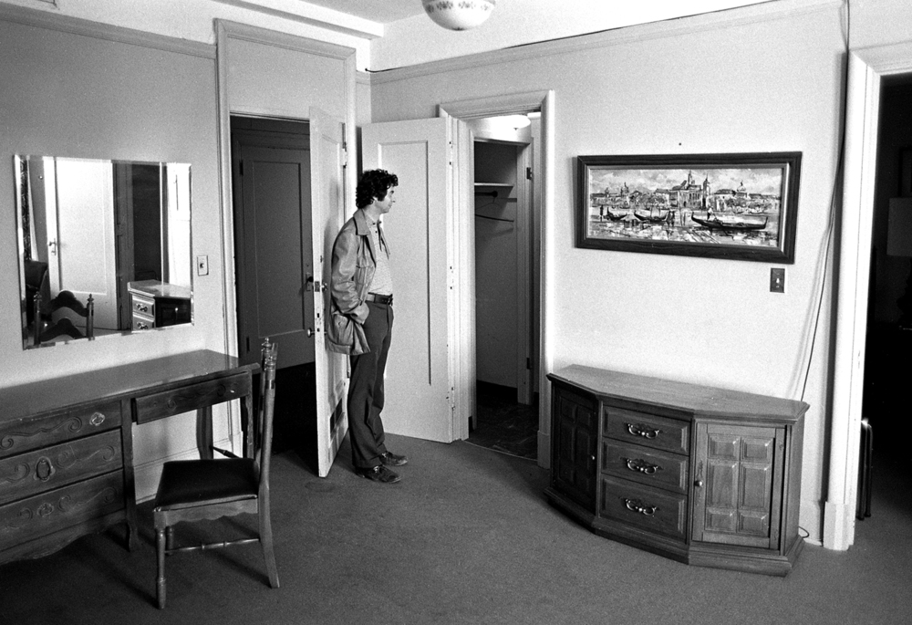 St.Nicholas Hotel, Secretary of State Paul Powell's room #546 where shoebox with cash was found, October 14, 1977. Sam Sgro, owner. The contents of the hotel were being sold. File/The State Journal-Register
