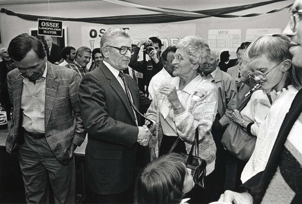 Ossie Langfelder greets supporters after winning his first campaign as mayor, November 1987. File/The State Journal-Register