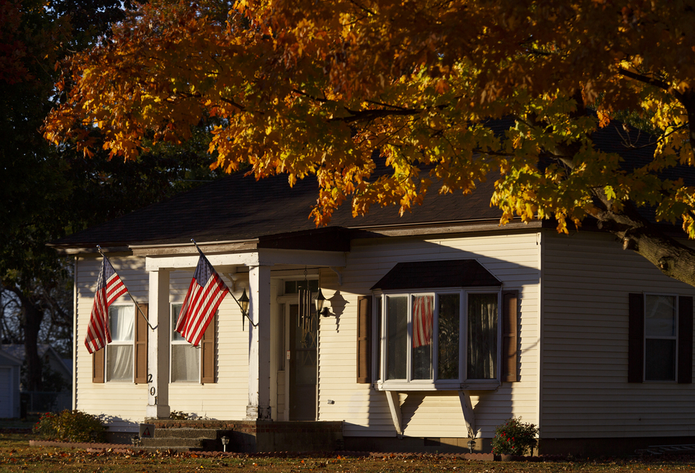 Late afternoon sunlight shines on the front porch of a home in Mechanicsburg Thursday, Oct. 29, 2015. Rich Saal/The State Journal-Register