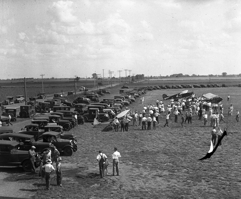 Crowd at municipal airport for airshow, circa 1930. File/The State Journal-Register
