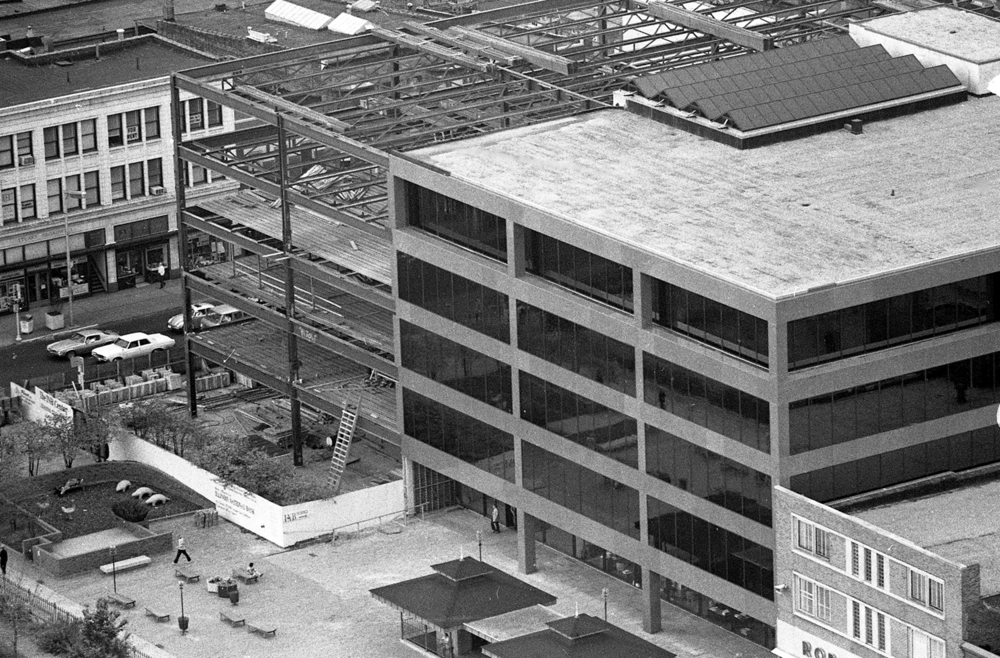 Construction of Illinois National Bank at Fifth and Adams streets, Oct. 30, 1974. File/The State Journal-Register