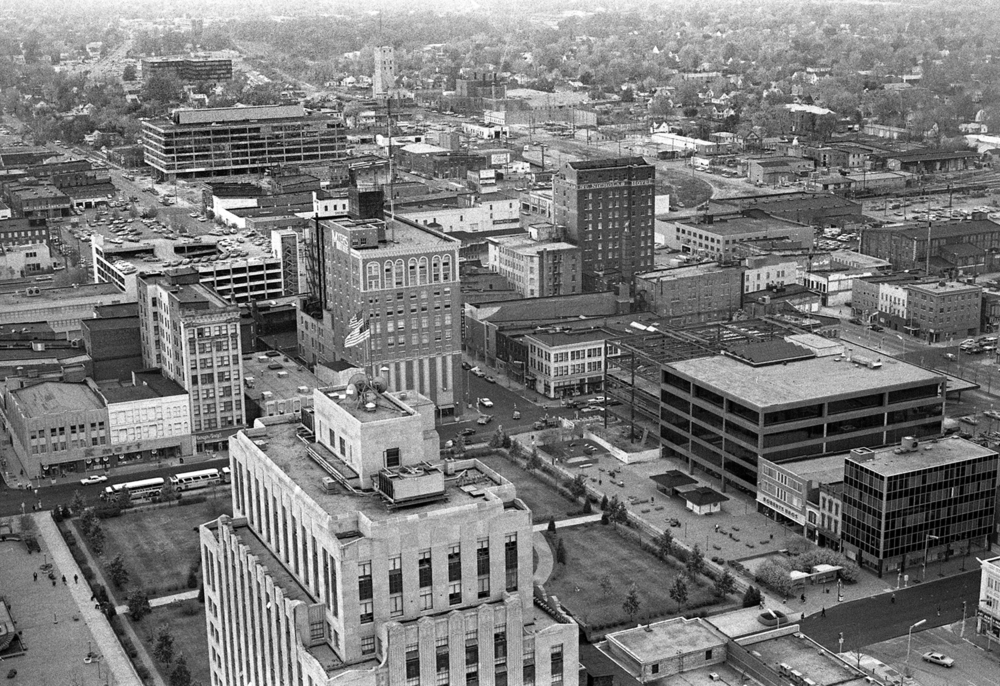 Downtown Springfield view from Forum 30 (Hilton Springfield) facing northwest, Oct. 30, 1974. Illinois National Bank, center right, under construction. File/The State Journal-Register