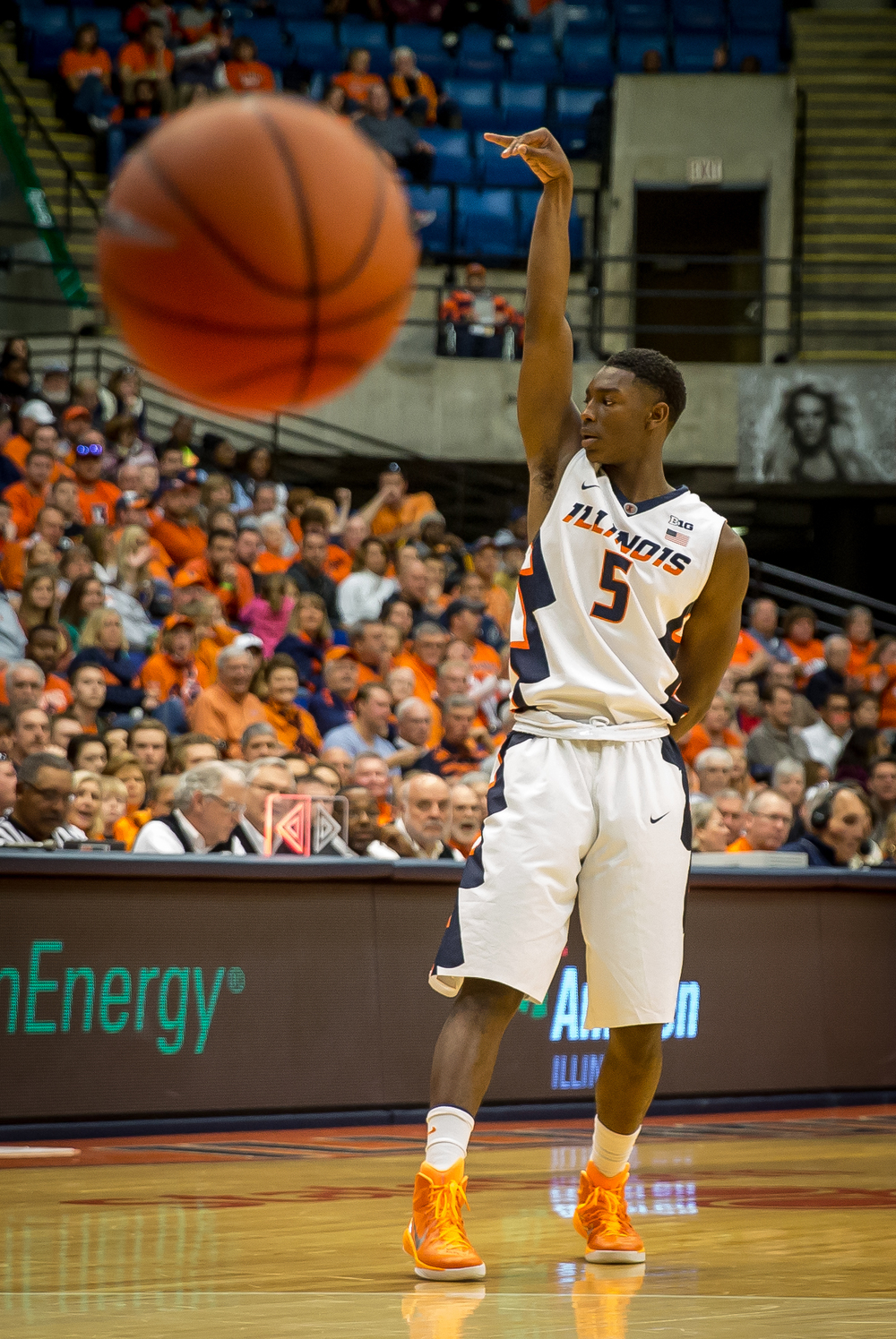 University of Illinois' Jalen Coleman-Lands (5) reacts after dropping a three against the University of Illinois Springfield in the second half during an exhibition game at the Prairie Capital Convention Center, Sunday, Nov. 8, 2015, in Springfield, Ill. Justin L. Fowler/The State Journal-Register