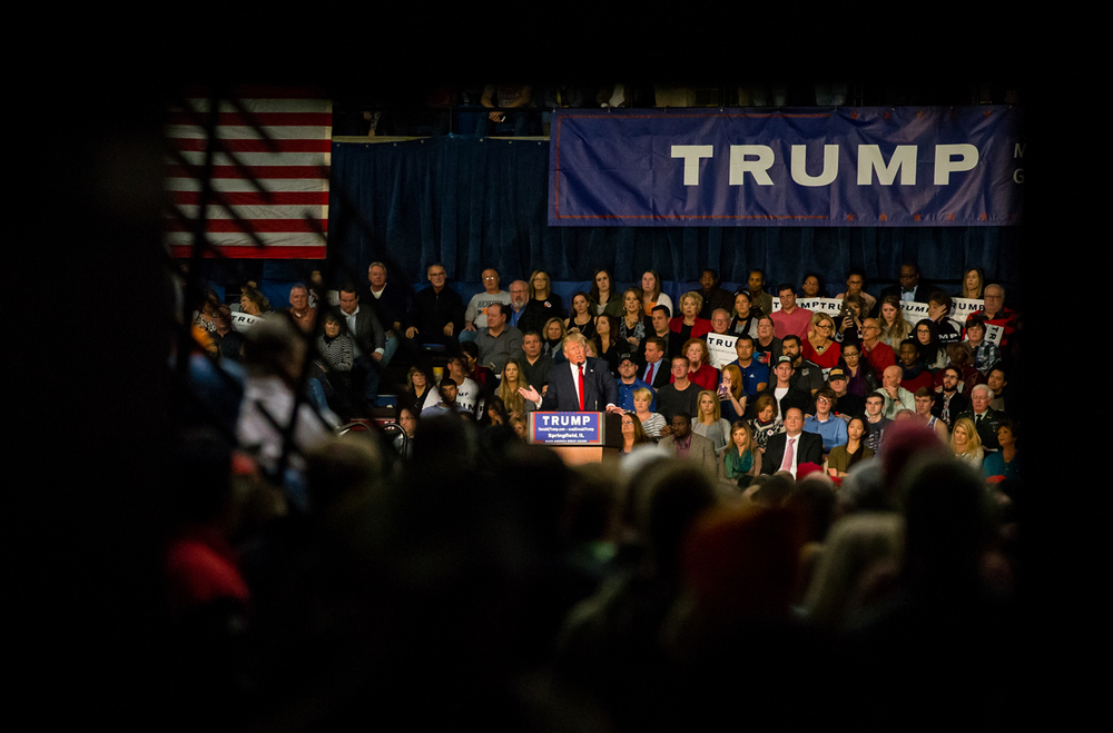 Republican presidential candidate Donald Trump delivers his campaign address to a crowd estimated at over 10,000 during a campaign stop at the Prairie Capital Convention Center, Monday, Nov. 9, 2015, in Springfield, Ill. Justin L. Fowler/The State Journal-Register