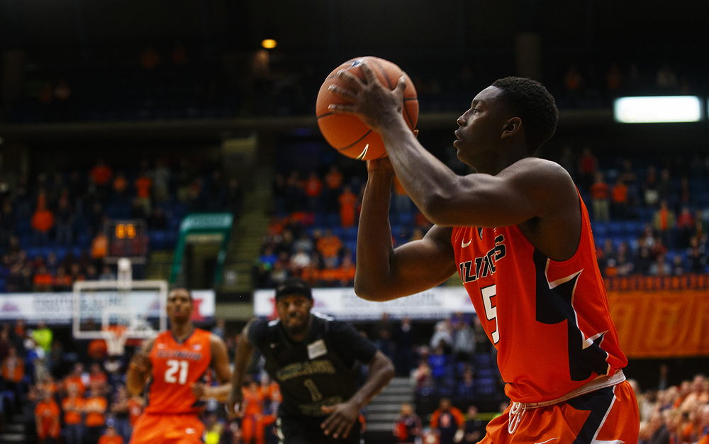 Illinois' Jalen Coleman-Lands lines up the game-winning three-pointer against Chicago State at the Praire Capital Convention Center Monday, Nov. 23, 2015. Ted Schurter/The State Journal-Register